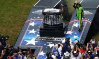 Danica Patrick Finishes 8th In The Daytona 500 And Makes History Leading Laps