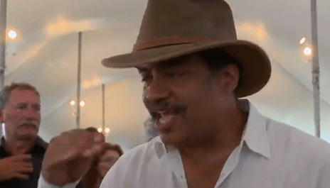Neil deGrasse Tyson Gives Great Impromptu Interview