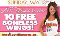 Celebrate This Mother's Day At Hooters!