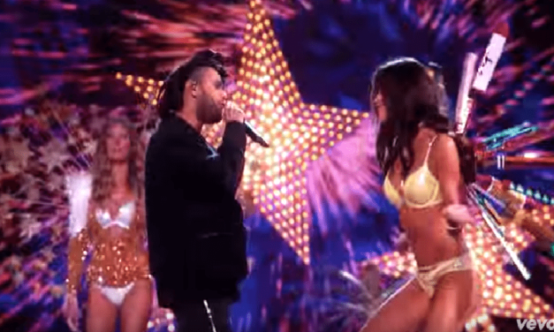 The Weeknd Performs On Stage With The Victoria Secret Fashion Show 2015 Models