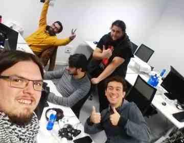 Imagen del equipo que desarrolló Dynasty Feud