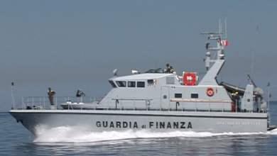 Photo of Salerno – Barca in avaria: Gdf salva quattro persone a largo di Cetara
