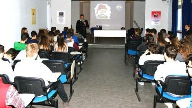 Photo of Napoli – Carabinieri: Lezioni e consigli agli studenti su bullismo e cyber bullismo