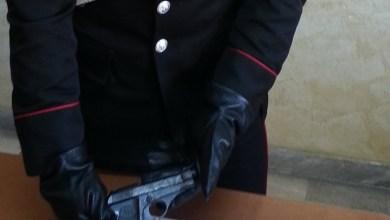 Photo of Acerra – Carabinieri arrestano operatore ecologico per detenzione pistola semiautomatica
