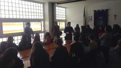 """Photo of Acerra – Studenti del Munari """"a lezione"""" con gli operatori comunali"""