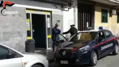 Photo of Bagnoli – Sottraggono 29mila euro ad invalido: arrestati padre e figlio