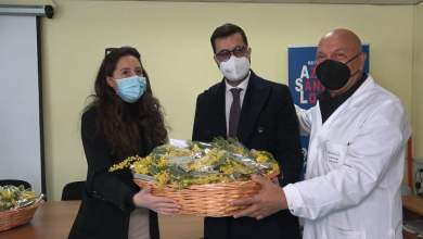 Photo of Boscotrecase – Covid Hospital: mimose per le operatrici sanitarie