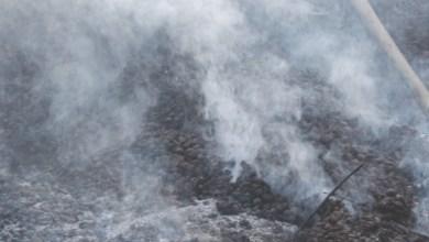 Photo of Terzigno, Domenica di incendi sul Vesuvio – Le fiamme lambiscono il Parco