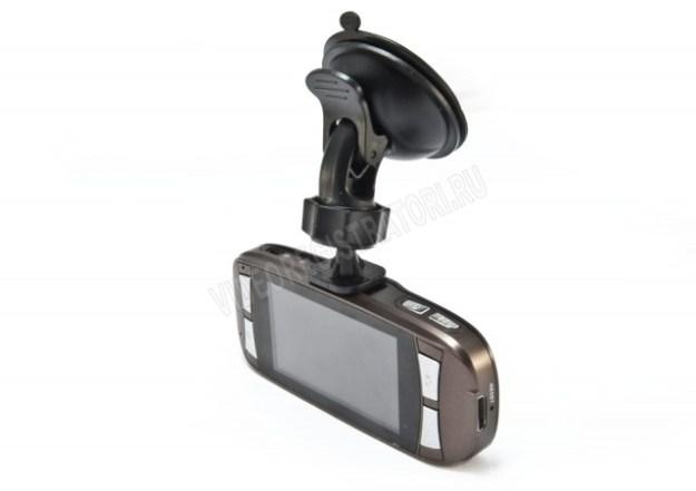 Видеорегистратор Prestige DVR-390 - экран и кнопки