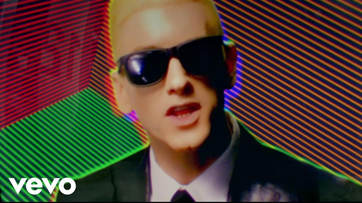 Eminem - Rap God - Music Video