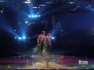 cirque-du-soleil-balance-act