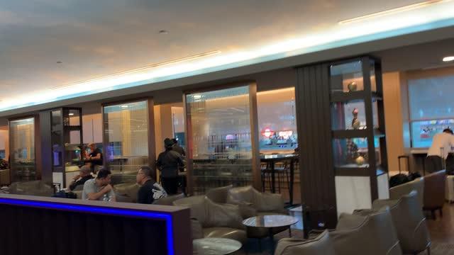 丸子評價長榮航空貴賓室(2航) – Golfer Maru