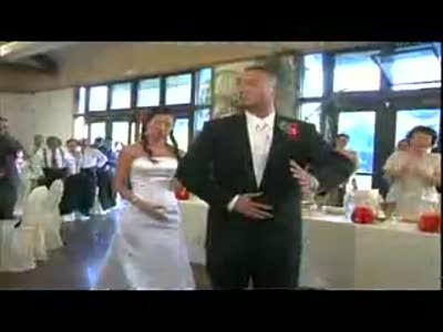 wedding-dance-asians-robot