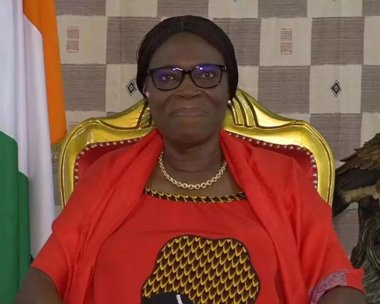 Simone EHIVET GBAGBO: le pays est a «libérer» et c'est un combat de toute l'Afrique