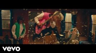 Machine Gun Kelly feat. Kellin Quinn - love race (Official Music Video)
