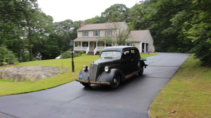 "Mike Milton of Wolcott, Conn. owns an restored six-passenger, four-door 1936 Nash DeLuxe ""400"" that has some unusual features."