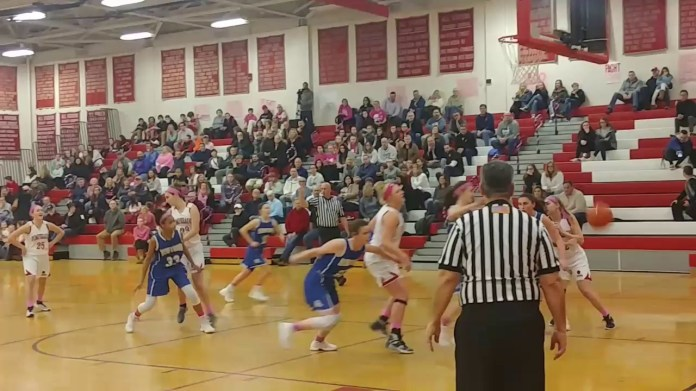 Pomperaug girls finish regular season 15-5
