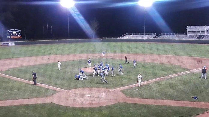 State baseball final: Seymour defeats Wolcott to win state title
