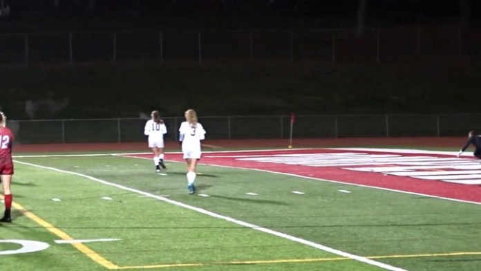 Pomperaug girls soccer in quarterfinals