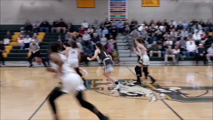 Holy Cross girls advance to semis