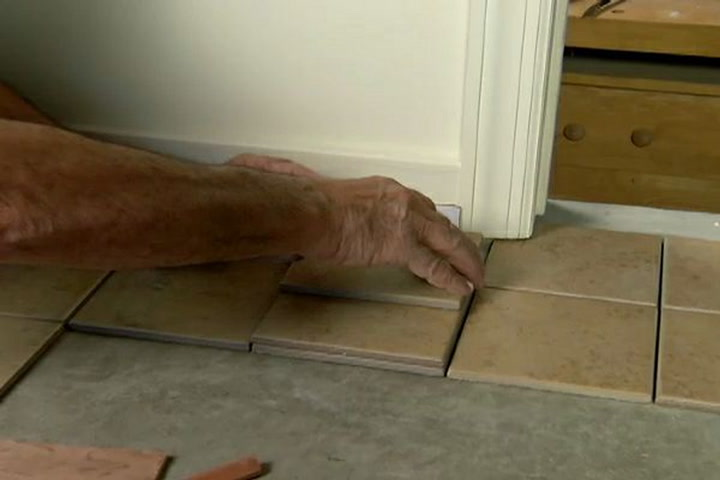 how to fit tile around door casings and jambs