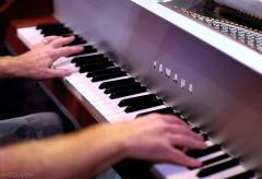 Featured Vid #49 – One Direction Cover (5 Guys, One Piano)