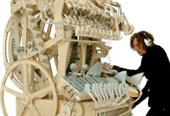 Featured Vid #301 – Wintergatan's Marble Machine