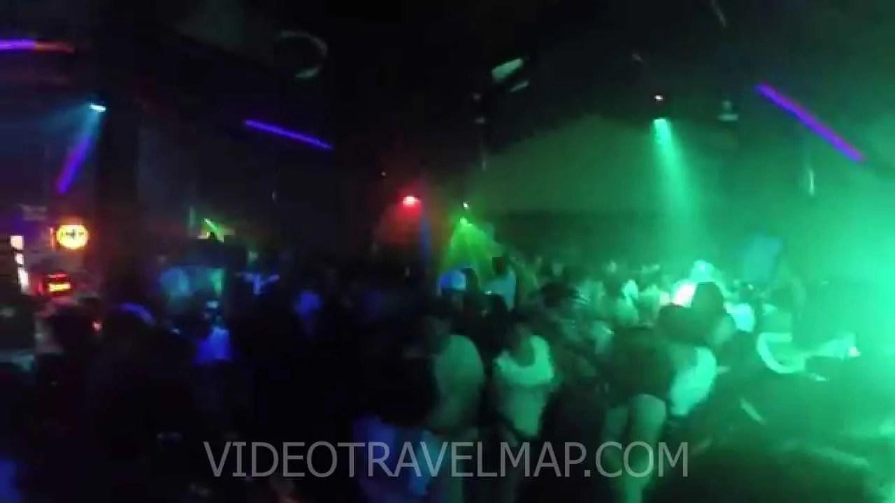 Jaco Clubbing Orange Pub » Jack Podróżnik