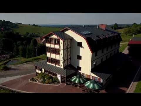Absolwent Zieleniec Noclegi wideo z drona 4