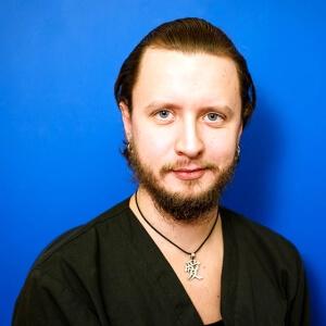 Щугорев Максим Андреевич. Ветеринарный врач. Специалист по экзотическим животным: ратолог, герпетолог, орнитолог.