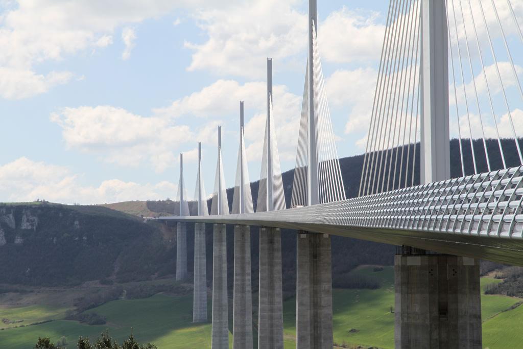 Millau-Viaduct-Bridge-Millau-France