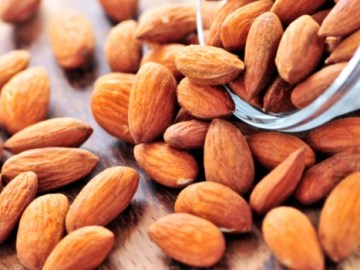 Here's How Many Almonds You Should Eat For A Healthy Heart: Know All About It, VidLyf.com