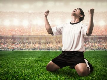 To win the digital world cup, the most innovative companies are training for the cloud, VidLyf.com