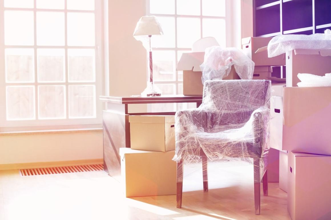 wrap and pad furniture for moving