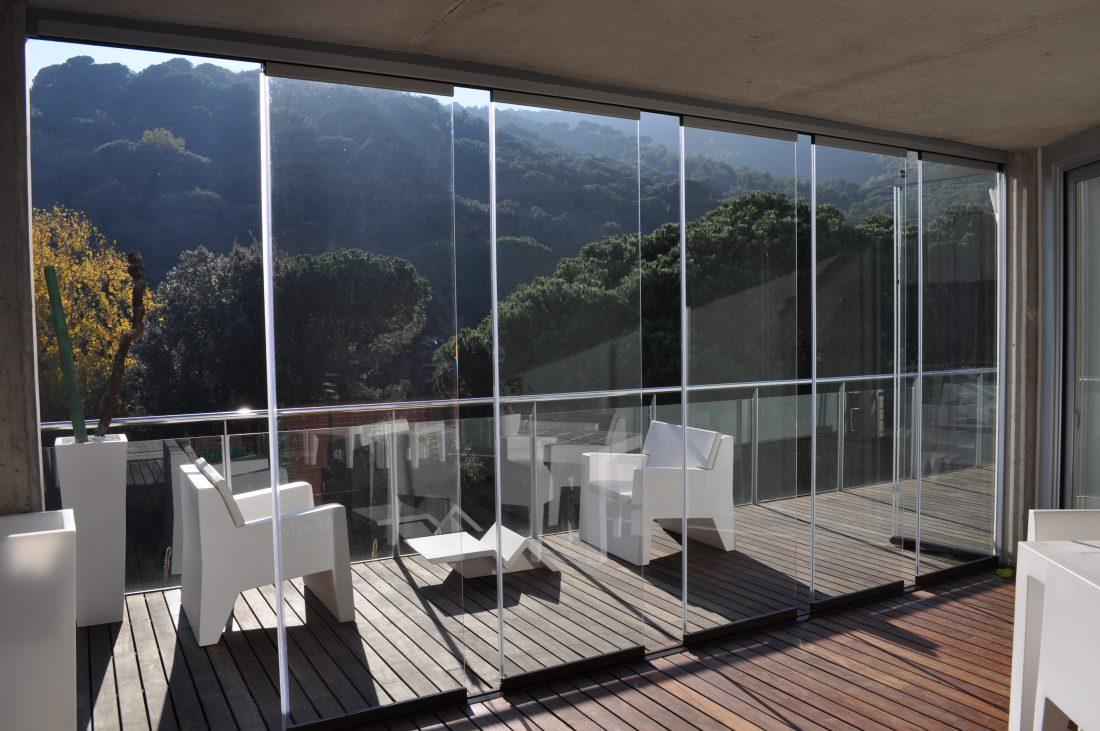 Modelos de cortinas de cristal para terrazas fabricadas a
