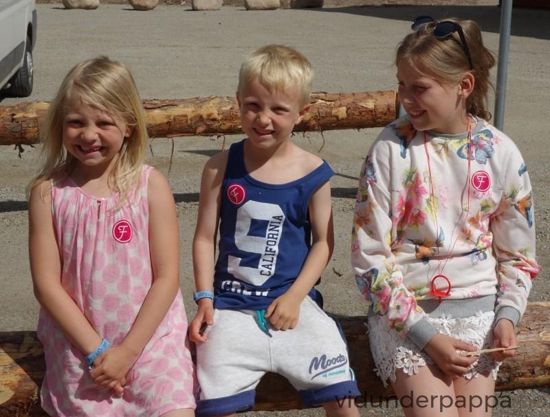 Da var besøket i Filmbyn over. Glade og fornøyde barn som nok har litt mer kunnskap om film nå enn for et par timer siden!