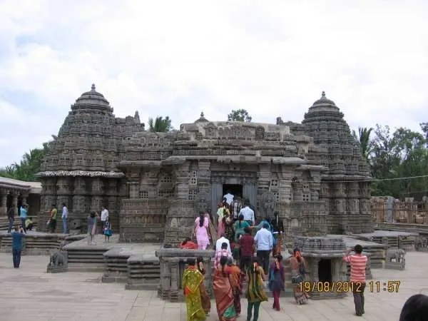 Vidya+Sury+Somanathapura+Temple-001