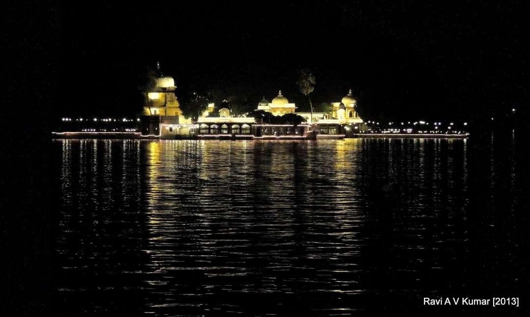 Udaipur Palace Lake Pichola Udaipur #HaldighatiRun Vidya Sury