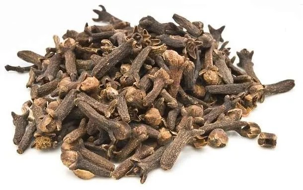 Kitchen remedies Cloves