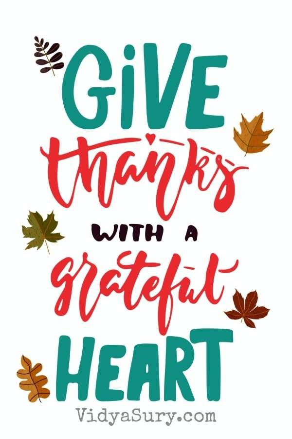 Give thanks with a grateful heart. #Gratitude #GratitudeCircle #Bloghop #mindfulness