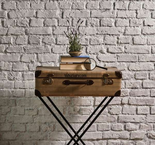 Suitcase as table Easy DIY home decor hacks