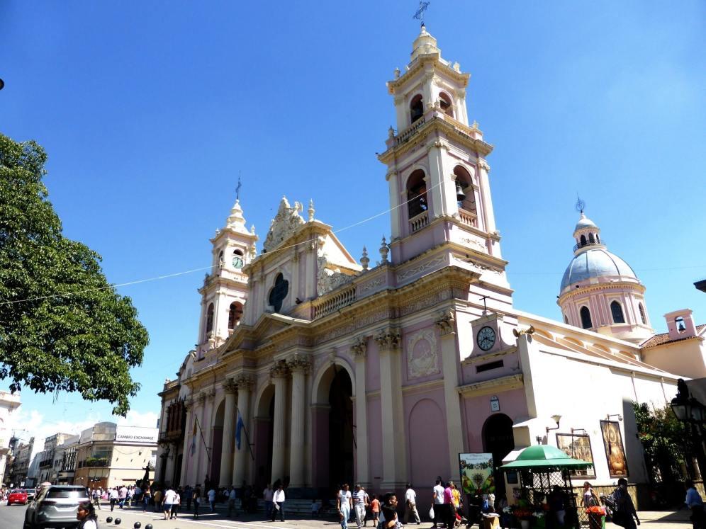 Catedral Basilica, Salta-Argentine en stop (2)