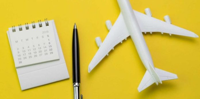 Buy Airplane Tickets Long in Advance