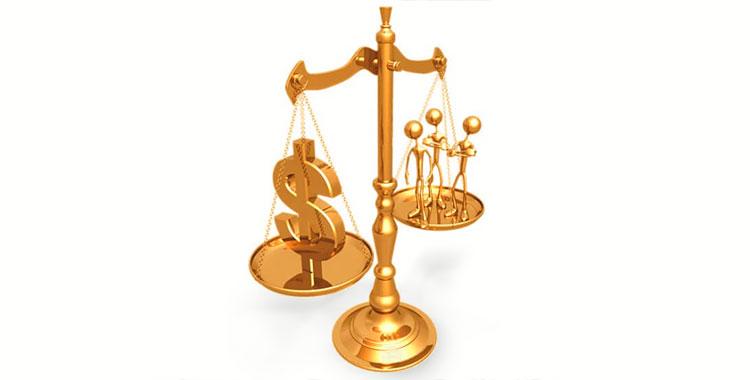 advogado danos morais materiais montes claros
