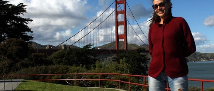 El Golden Gate de fondo
