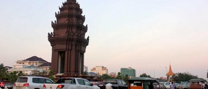 Monumento a la Independencia en Phnom Penh, Camboya