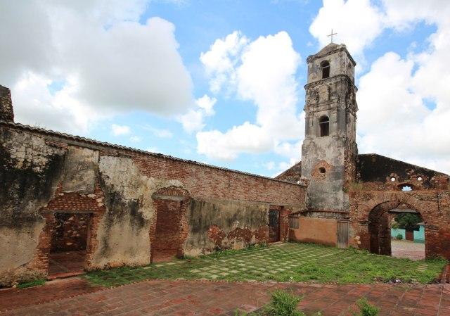plaza-santa-ana-trinidad