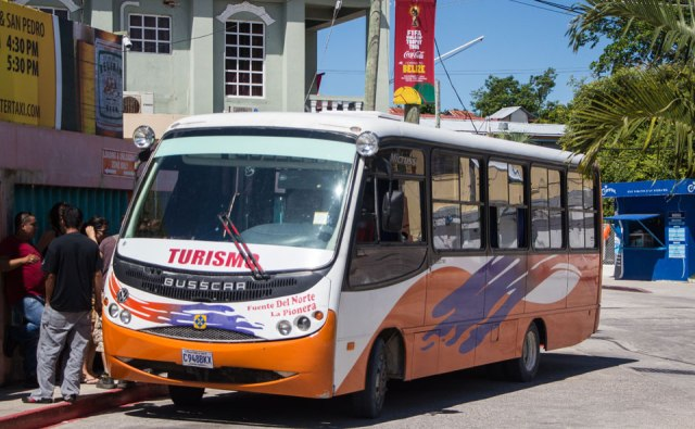 Bus Belize nach Flores
