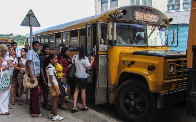 Kuba Reisetipps Bus fahren