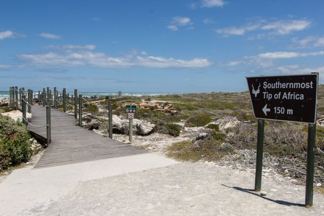 southernmost-tip-of-africa-sign